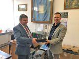Wójt gminy przekazał laptopy dla szkoły i przedszkola